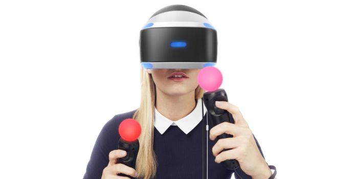 landscape-1458133143-playstation-vr-woman-holding-controls